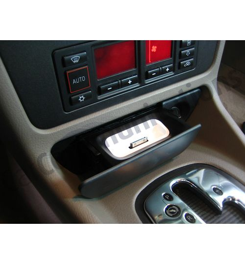 Audi A4 (B5) SPEC.DOCK iPOD/ iPHONE DOCK 1994 - 2001 AUDIB5V4I30P