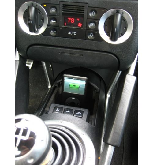 Audi TT (MK1) SPEC.DOCK iPOD/ iPHONE DOCK 1998 - 2006 AUDITTV4ILHT