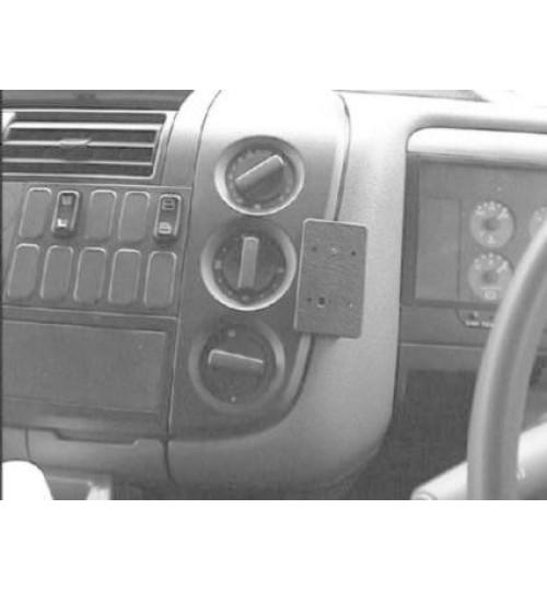 Mercedes Atego Brodit ProClip Mounting Bracket - Center mount (652686)
