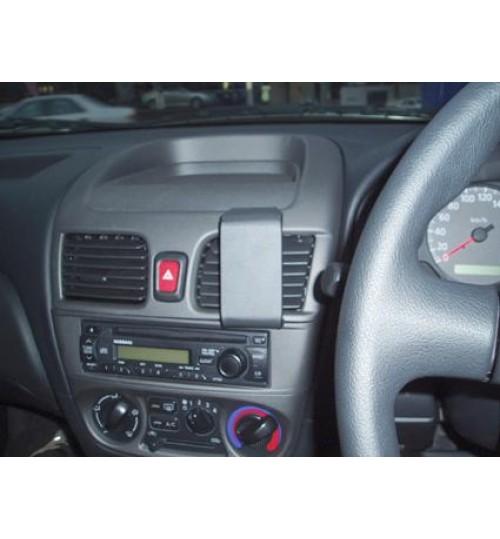 Nissan Pulsar Brodit ProClip Mounting Bracket - Center mount (653519)