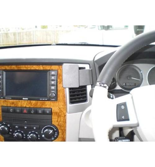 Jeep Grand Cheroke Brodit ProClip Mounting Bracket - Center mount (654106)