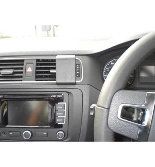 Volkswagen Jetta Brodit ProClip Mounting Bracket - Center mount (654532)