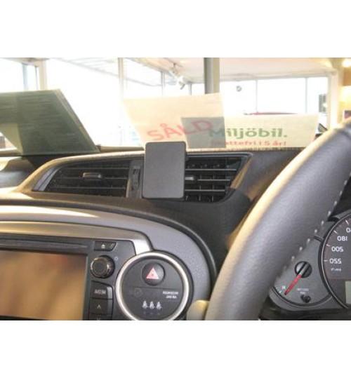 Toyota Yaris Brodit ProClip Mounting Bracket - Center mount (654723)