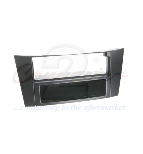 Connects2 Single DIN Stereo Fascia Adapter For Mercedes - CT24MB03