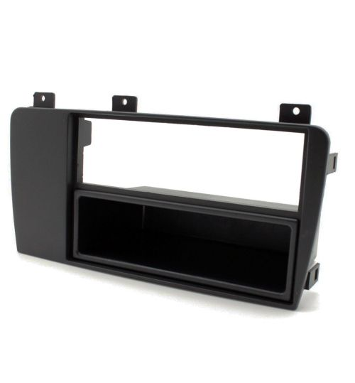Connects2 Single DIN Stereo Fascia Adapter For Volvo - CT24VL05