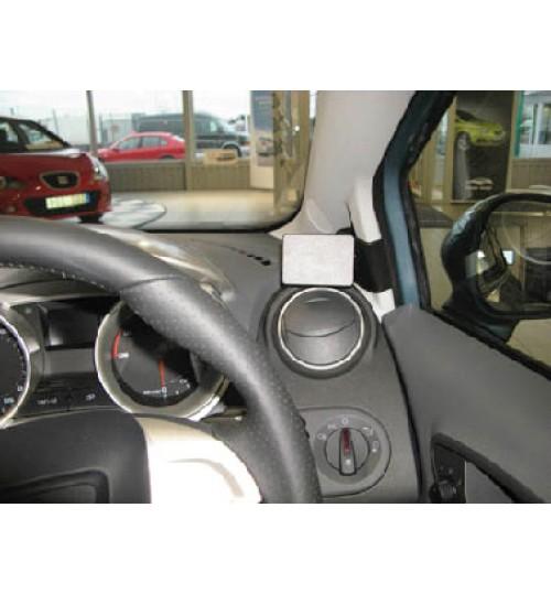 Seat Ibiza Brodit ProClip Mounting Bracket - Right mount (604272)