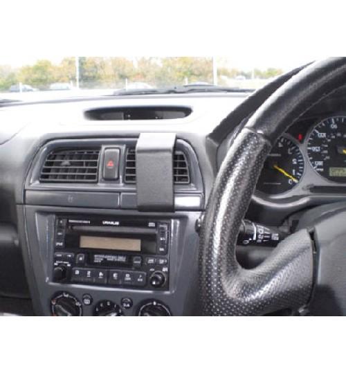 Subaru Impreza Brodit ProClip Mounting Bracket - Center mount (652885)