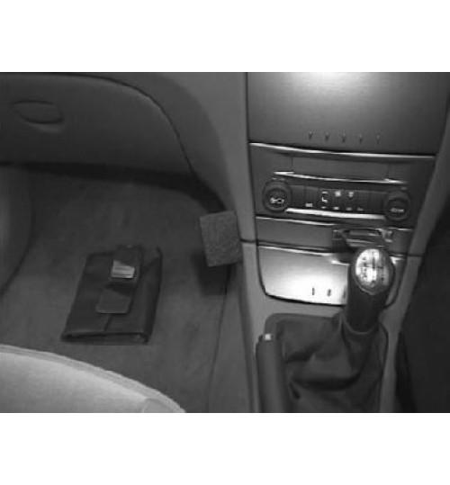 Renault Laguna Brodit ProClip Mounting Bracket - Angled mount (652911)