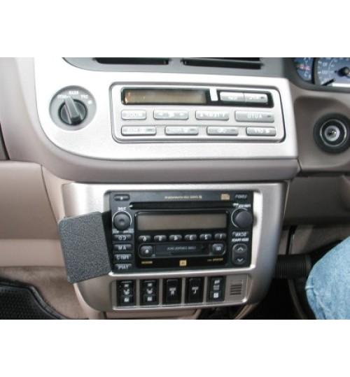Toyota Sienna Brodit ProClip Mounting Bracket - Angled mount (652971)