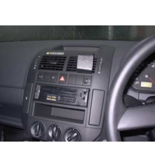 Volkswagen Polo Brodit ProClip Mounting Bracket - Center mount (653028)
