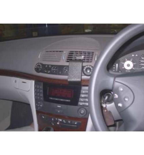 Mercedes E-Class Brodit ProClip Mounting Bracket - Center mount (653075)