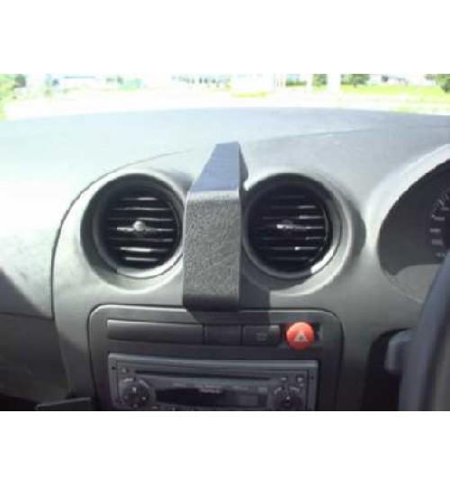 Seat Ibiza Brodit ProClip Mounting Bracket - Center mount (653080)