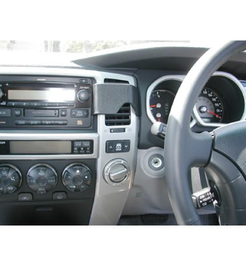 Toyota 4 Runner Brodit ProClip Mounting Bracket - Center mount (653220)