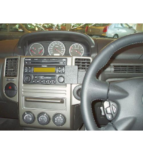 Nissan X-Trail Brodit ProClip Mounting Bracket - Center mount (653367)