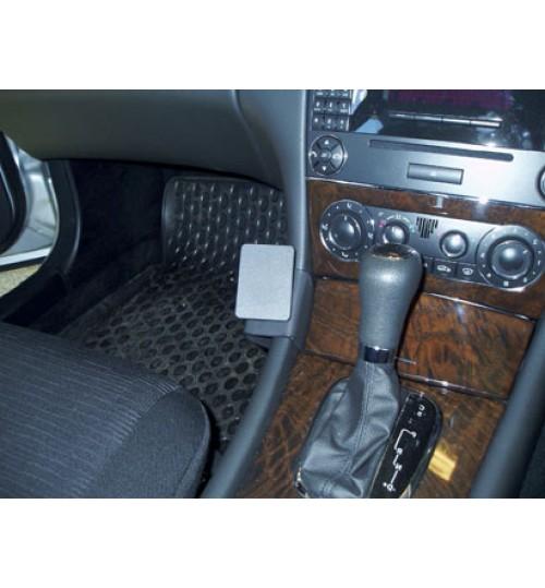 Mercedes C-Class, CLC-Class Brodit ProClip Mounting Bracket - Angled mount (653481)