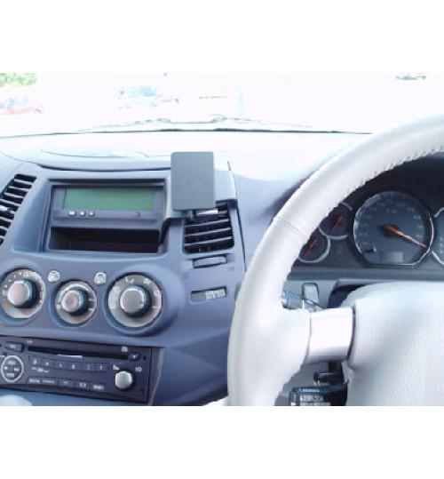 Mitsubishi Grandis Brodit ProClip Mounting Bracket - Center mount (653488)