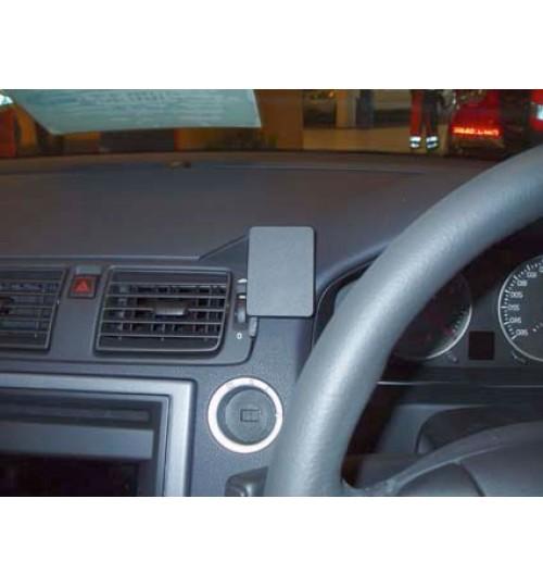 Volvo C30, C70, S40, V50 Brodit ProClip Mounting Bracket - Center mount, Right (653500)
