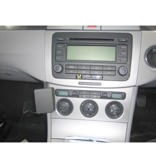 Volkswagen Passat, Passat CC Brodit ProClip Mounting Bracket - Angled mount (653605)