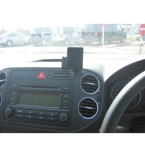 Volkswagen Golf Plus Brodit ProClip Mounting Bracket - Center mount (653609)