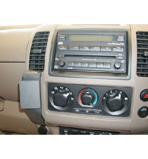 Nissan Navara, Pathfinder Brodit ProClip Mounting Bracket - Angled mount (653614)
