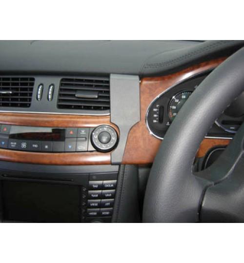 Mercedes CLS-Class Brodit ProClip Mounting Bracket - Center mount (653624)