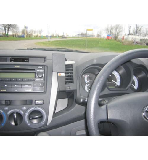 Toyota Hi-Lux Brodit ProClip Mounting Bracket - Center mount (653721)
