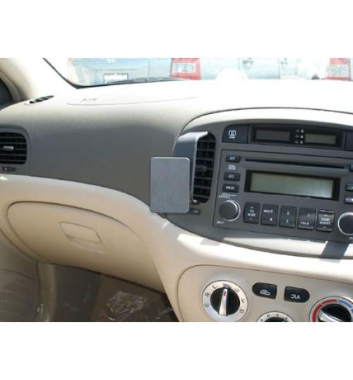 Hyundai Accent Brodit ProClip Mounting Bracket - Center mount (653830)