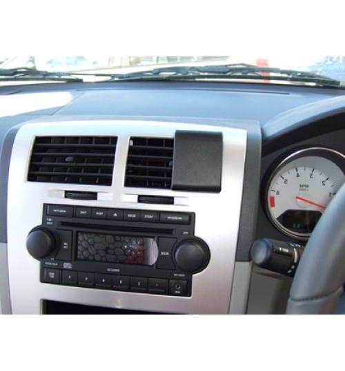 Dodge Caliber Brodit ProClip Mounting Bracket - Center mount (653843)