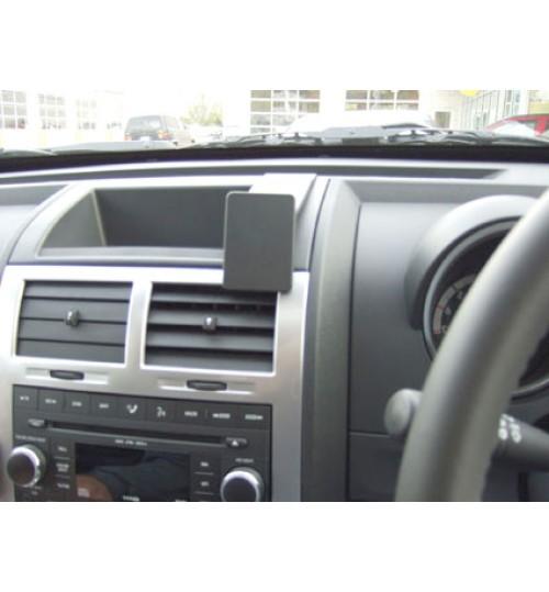 Dodge Nitro Brodit ProClip Mounting Bracket - Center mount (653929)