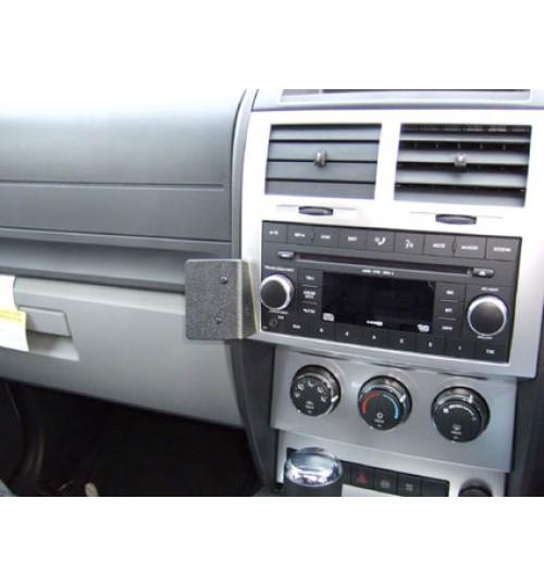 Dodge Nitro Brodit ProClip Mounting Bracket - Angled mount (653930)