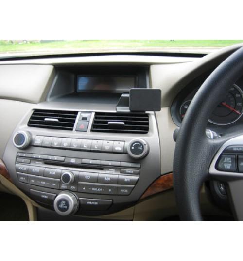 Honda Accord Brodit ProClip Mounting Bracket - Center mount (654098)