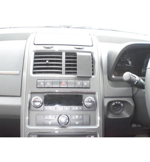 Dodge Journey Brodit ProClip Mounting Bracket - Center mount (654161)