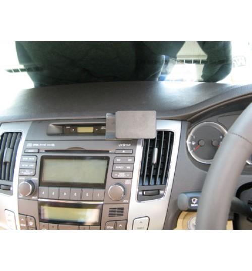 Hyundai Sonata Brodit ProClip Mounting Bracket - Center mount (654190)