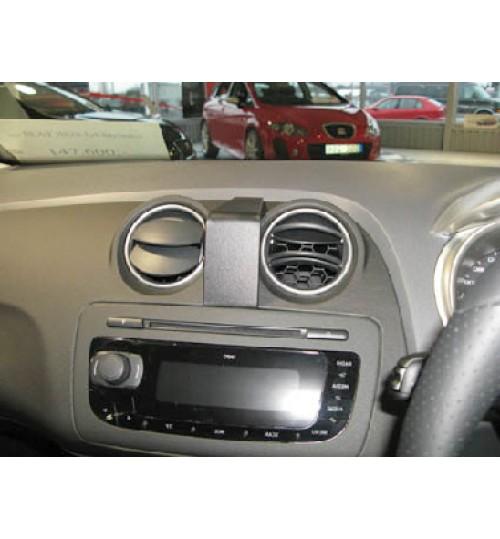 Seat Ibiza Brodit ProClip Mounting Bracket - Center mount (654271)
