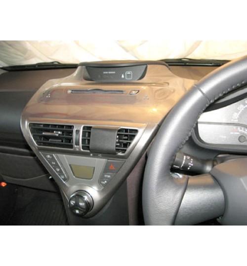 Toyota iQ Brodit ProClip Mounting Bracket - Center mount (654291)
