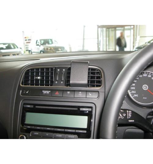 Volkswagen Polo Brodit ProClip Mounting Bracket - Center mount (654382)