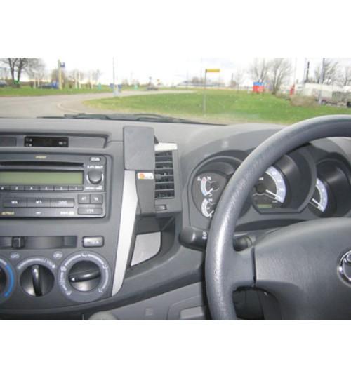 Toyota Hi-Lux Brodit ProClip Mounting Bracket - Center mount (654436)