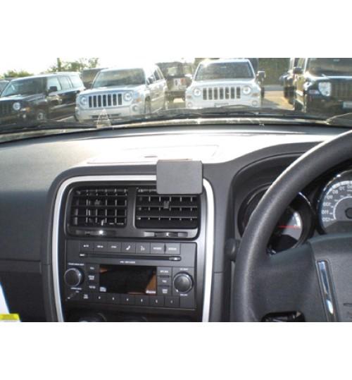 Dodge Caliber Brodit ProClip Mounting Bracket - Center mount (654488)