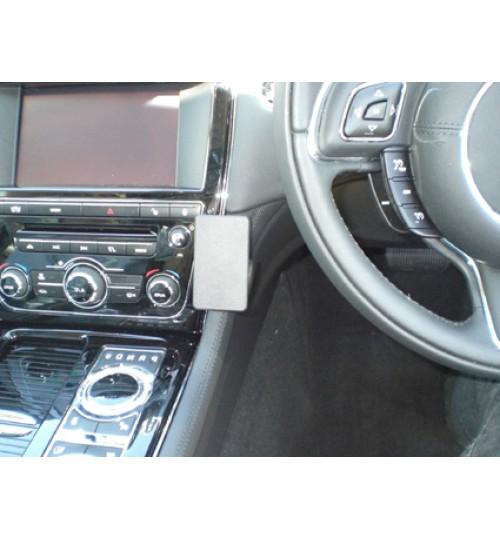 Jaguar XJ Brodit ProClip Mounting Bracket - Center mount (654498)