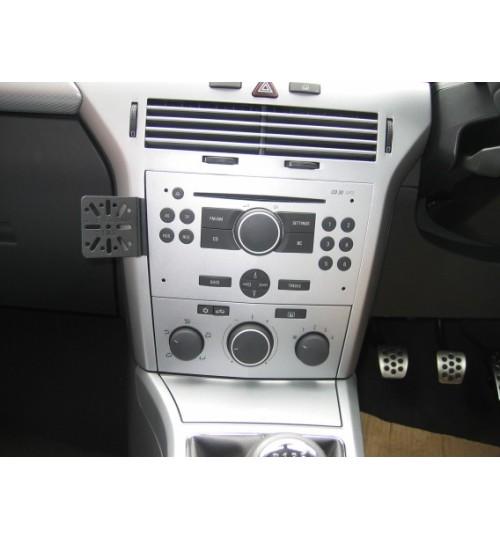 Dashmount 71102 Upper Console Mounting Bracket Vauxhall Astra H 2004 - 2009