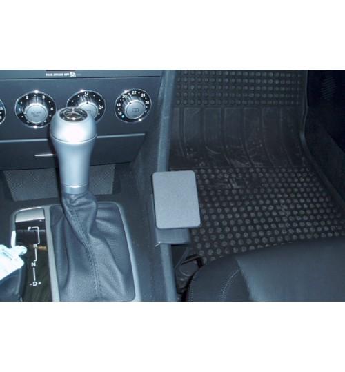 Mercedes SLK-Class Brodit ProClip Mounting Bracket - Console mount (833482)