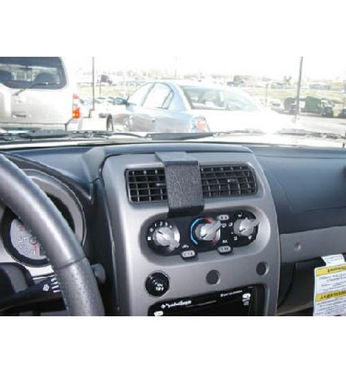 Nissan Frontier Brodit ProClip Mounting Bracket - Center mount (853240)
