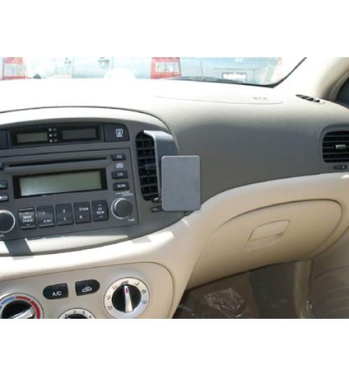 Hyundai Accent Brodit ProClip Mounting Bracket - Center mount (853830)