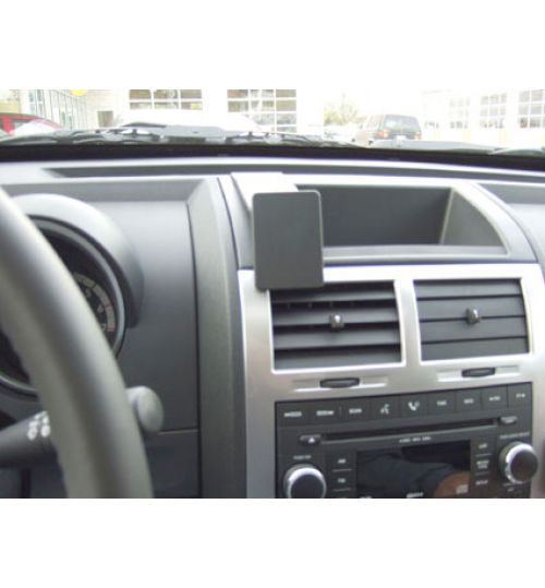 Dodge Nitro Brodit ProClip Mounting Bracket - Center mount (853929)