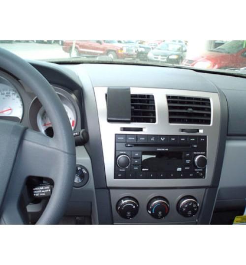 Dodge Avenger Brodit ProClip Mounting Bracket - Center mount (854049)