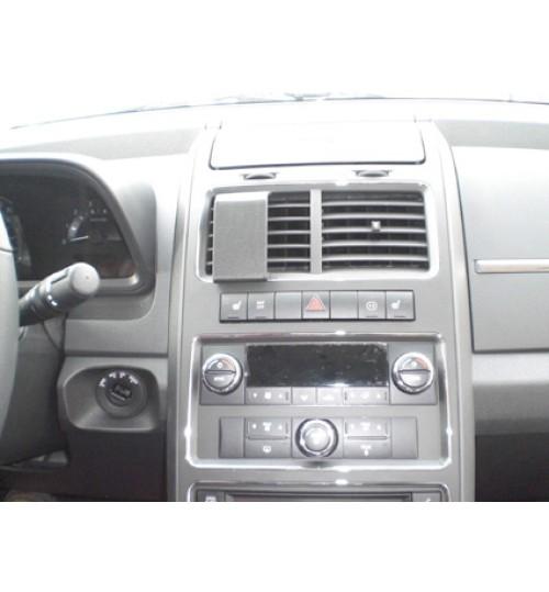 Dodge Journey Brodit ProClip Mounting Bracket - Center mount (854161)