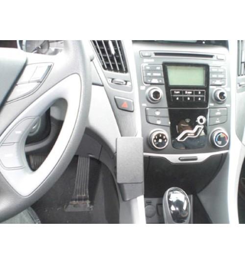 Hyundai Sonata Brodit ProClip Mounting Bracket - Center mount, Low (854502)