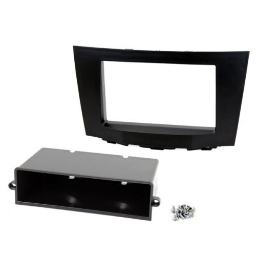 Connects2 Double DIN Stereo Facia Adapter  For Suzuki - CT23SZ04
