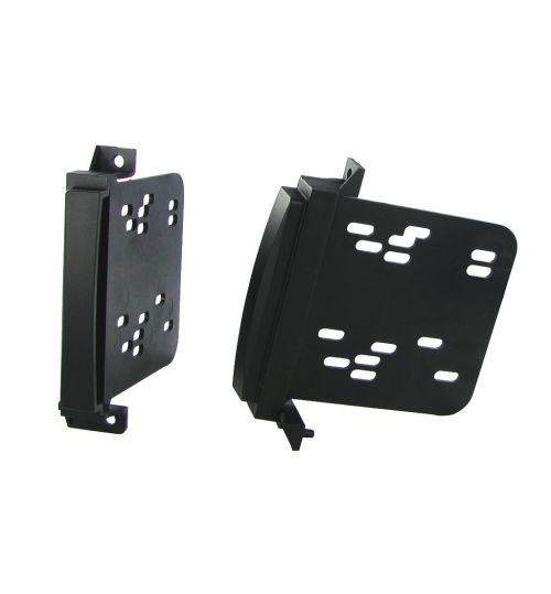 Connects2 Single DIN Stereo Fascia Adapter For Jeep - CT24CH11