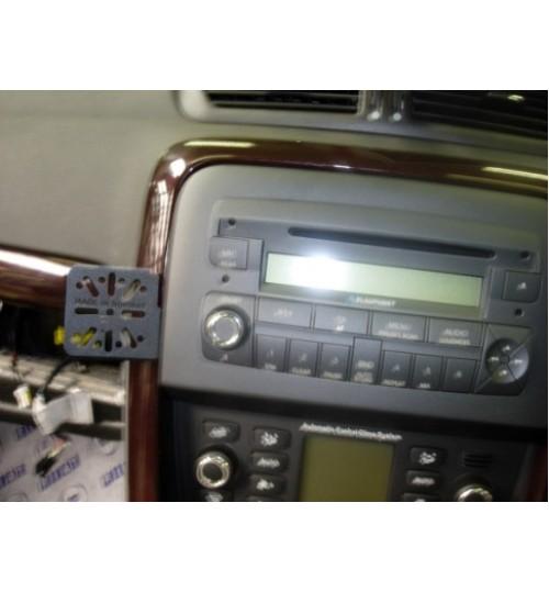 Dashmount 711050 Upper Console Mounting Bracket Fiat Croma 2006 >